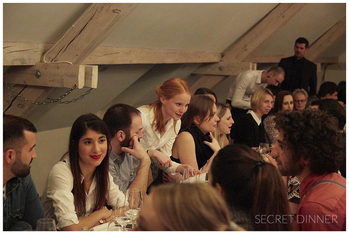 _K6A7391 1_Secret_Dinner_Leerstand_Schrift_134.jpg