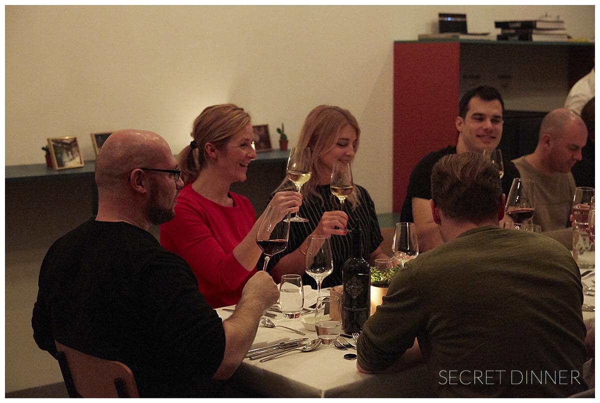 _K6A7425_Secret_Dinner_Leerstand_Schrift_142.jpg