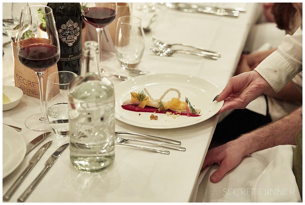 _K6A7541_Secret_Dinner_Leerstand_Schrift_159.jpg