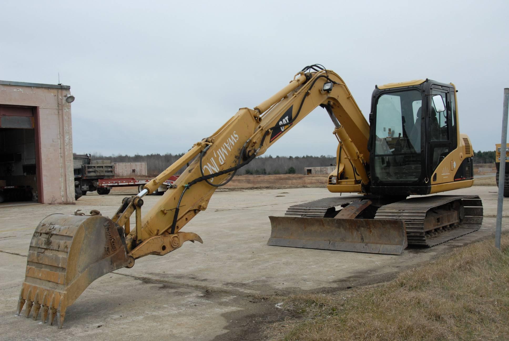 Low Ground Pressure Excavator