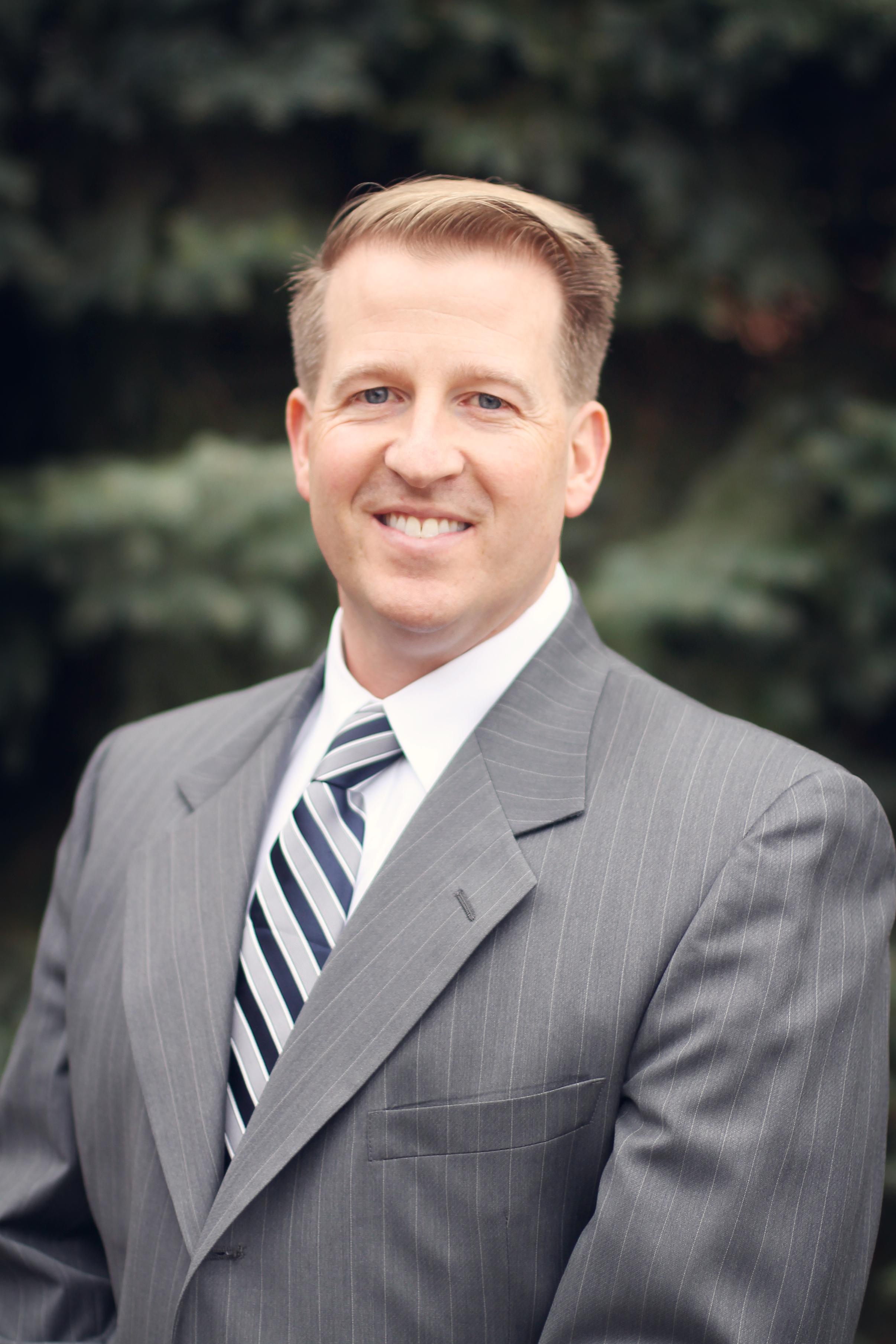 PAUL BENNETT - Sr. Financial Planner