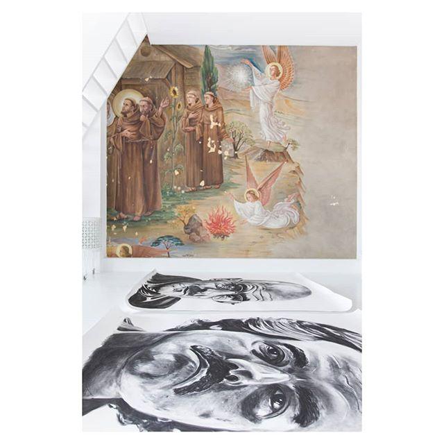 #walt #pabloescobar #breakingbad #narcos #angels #fresco #wallpainting #religiousart