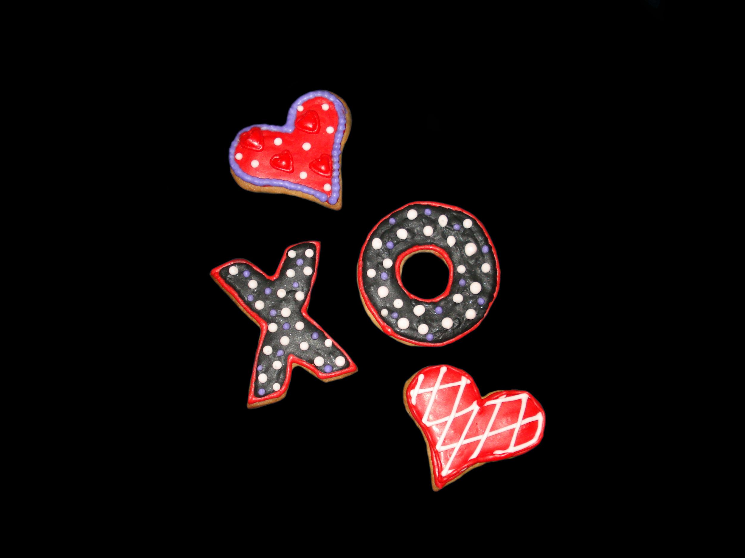 xCookie Hugs and Kisses.jpg