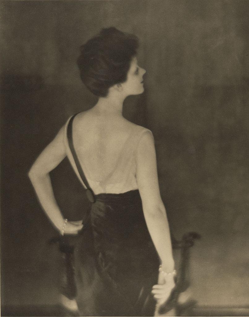 Rita de Acosta Lydig  , negative 1913; print 1914, Baron Adolf De Meyer, gelatin silver print. The J. Paul Getty Museum