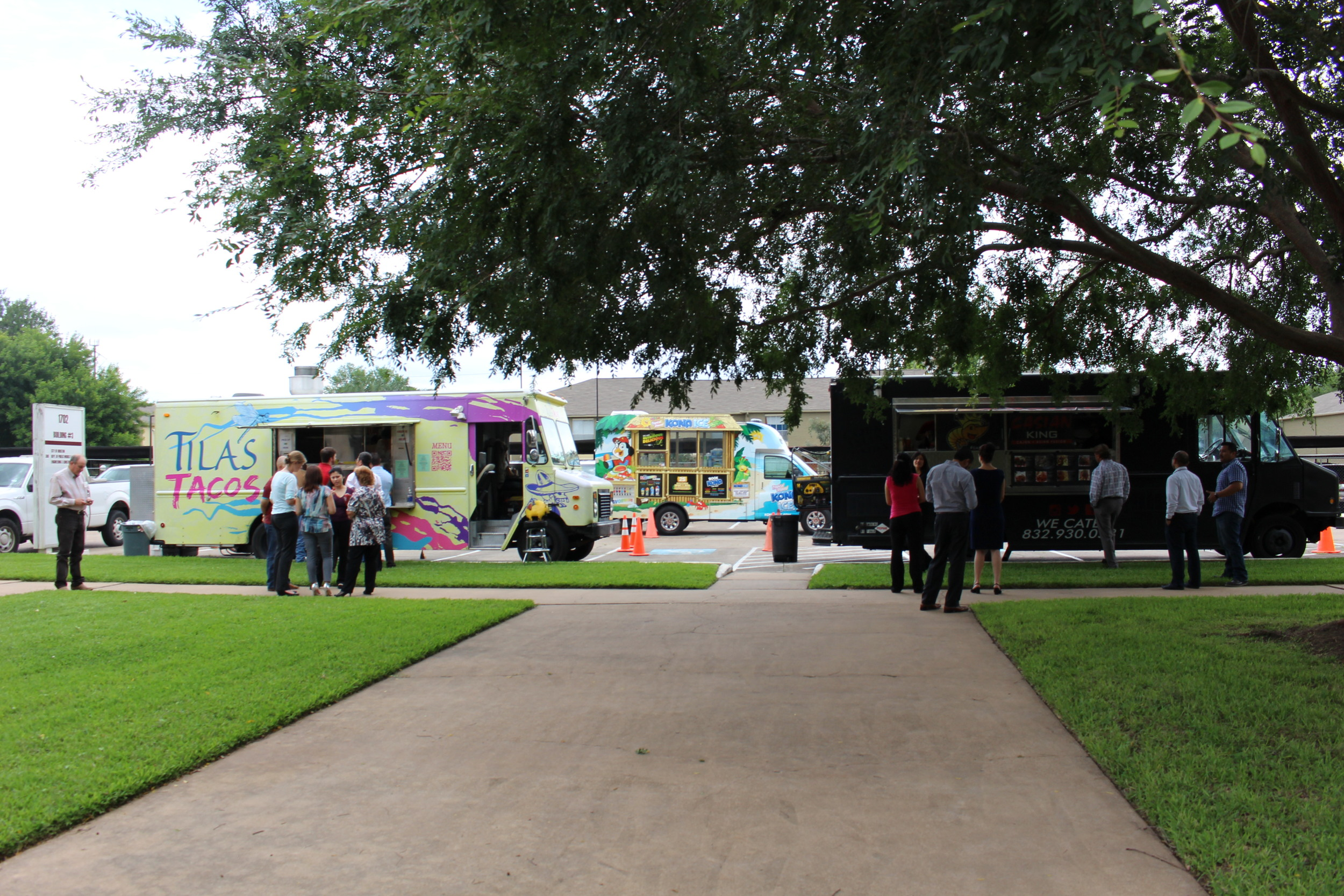 Food Truck Lunch 036.JPG