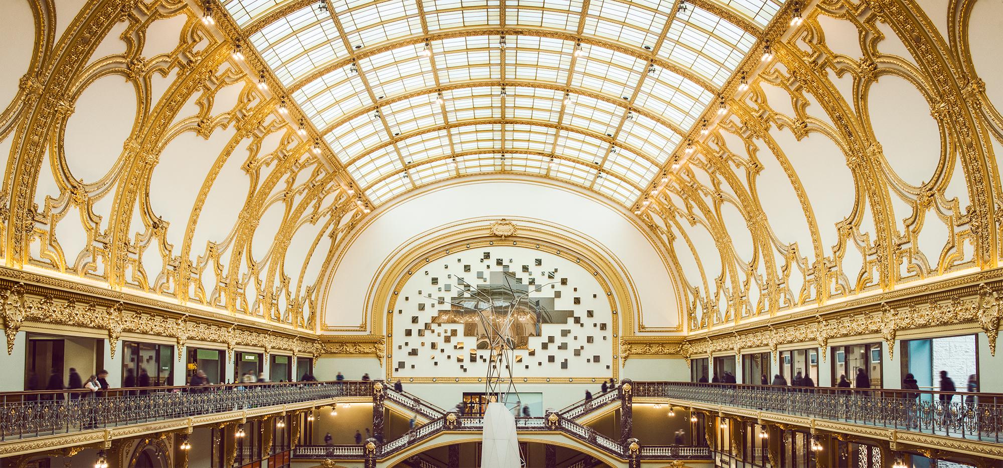 """""""Shoppenin gebouwen die ergens anders musea zouden zijn."""""""
