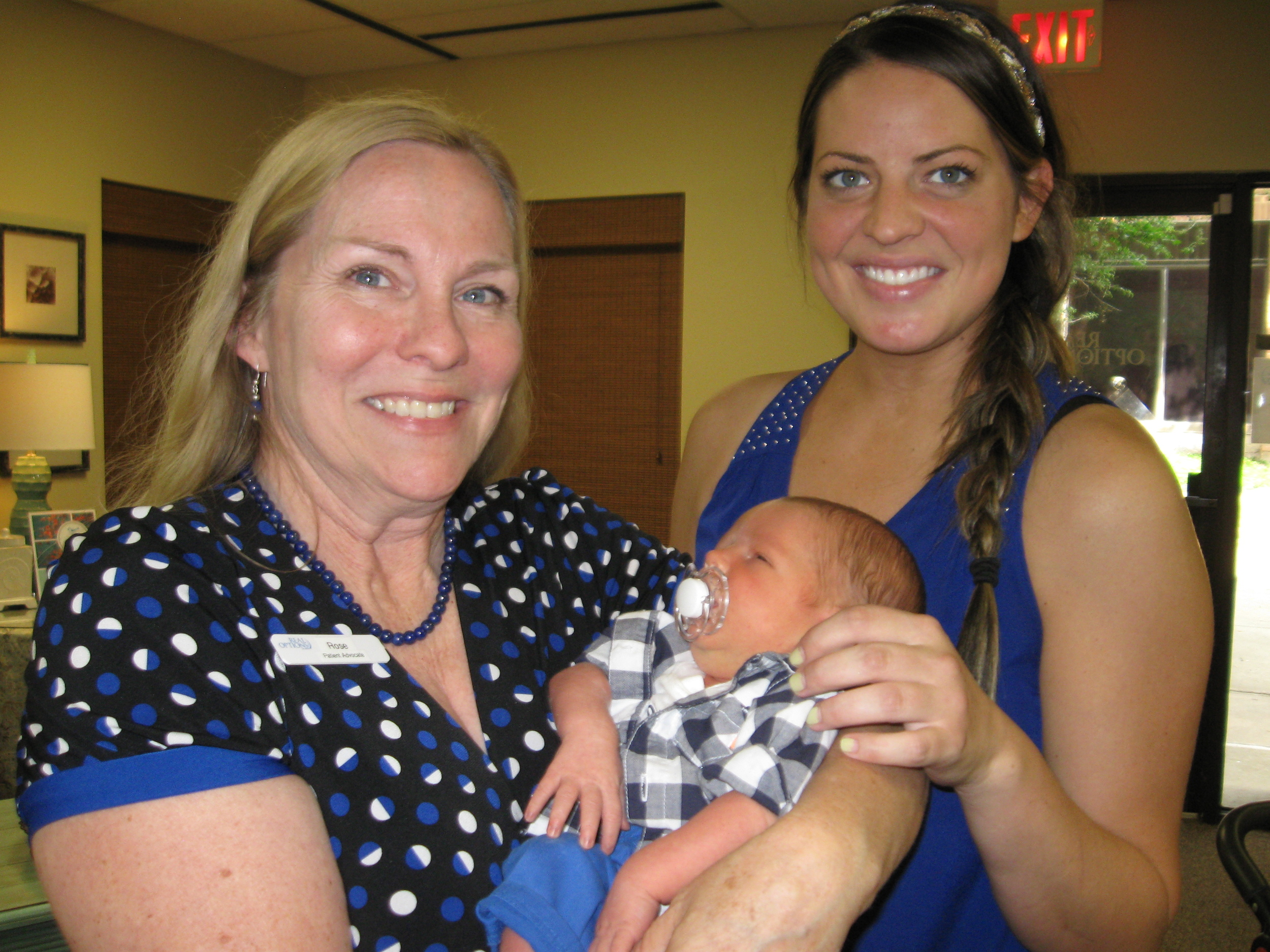CL 13177 - Rose with Bianca and baby Pearce.JPG