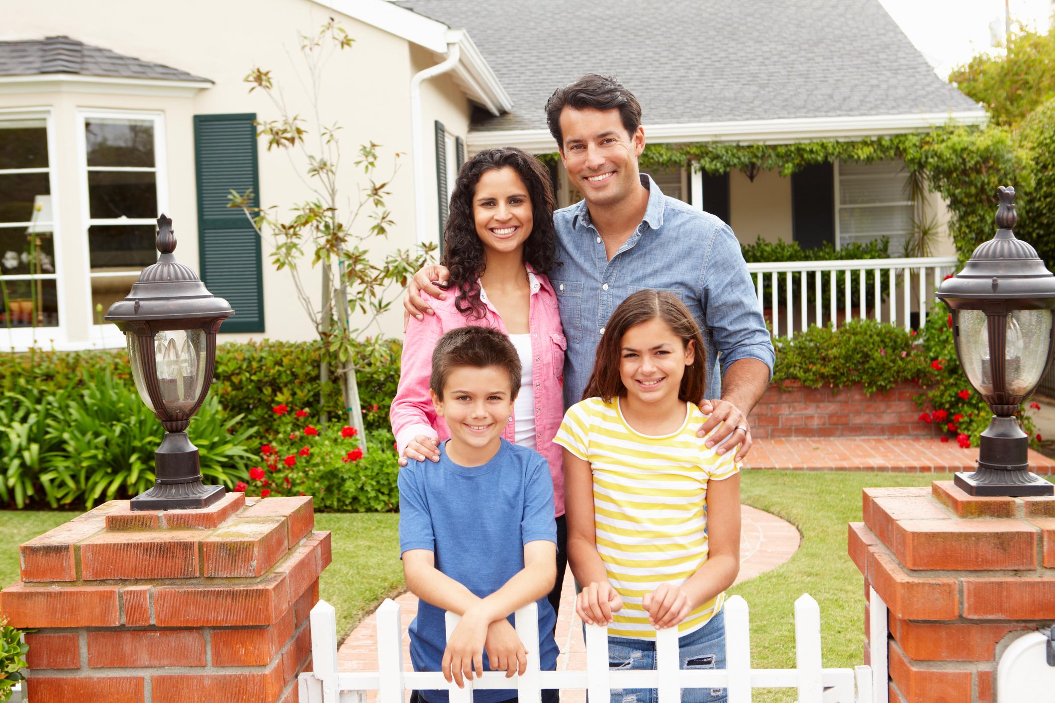 Hispanic Family Grad Brochure cover photo dreamstime_m_21156431.jpg
