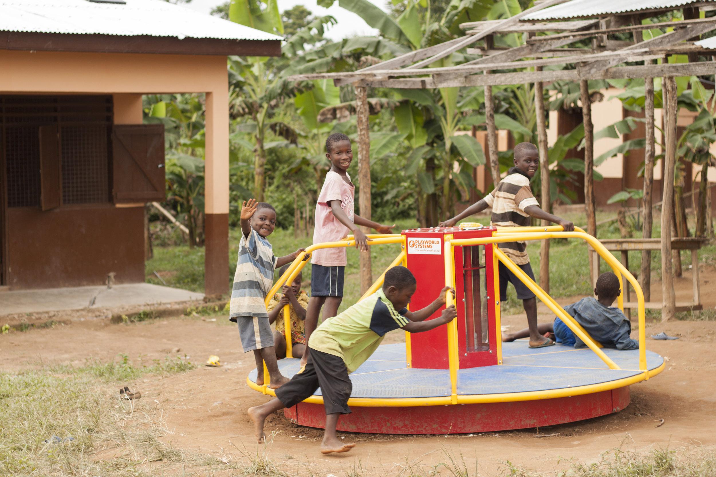 Merry-go-round at Fatwa Kosie