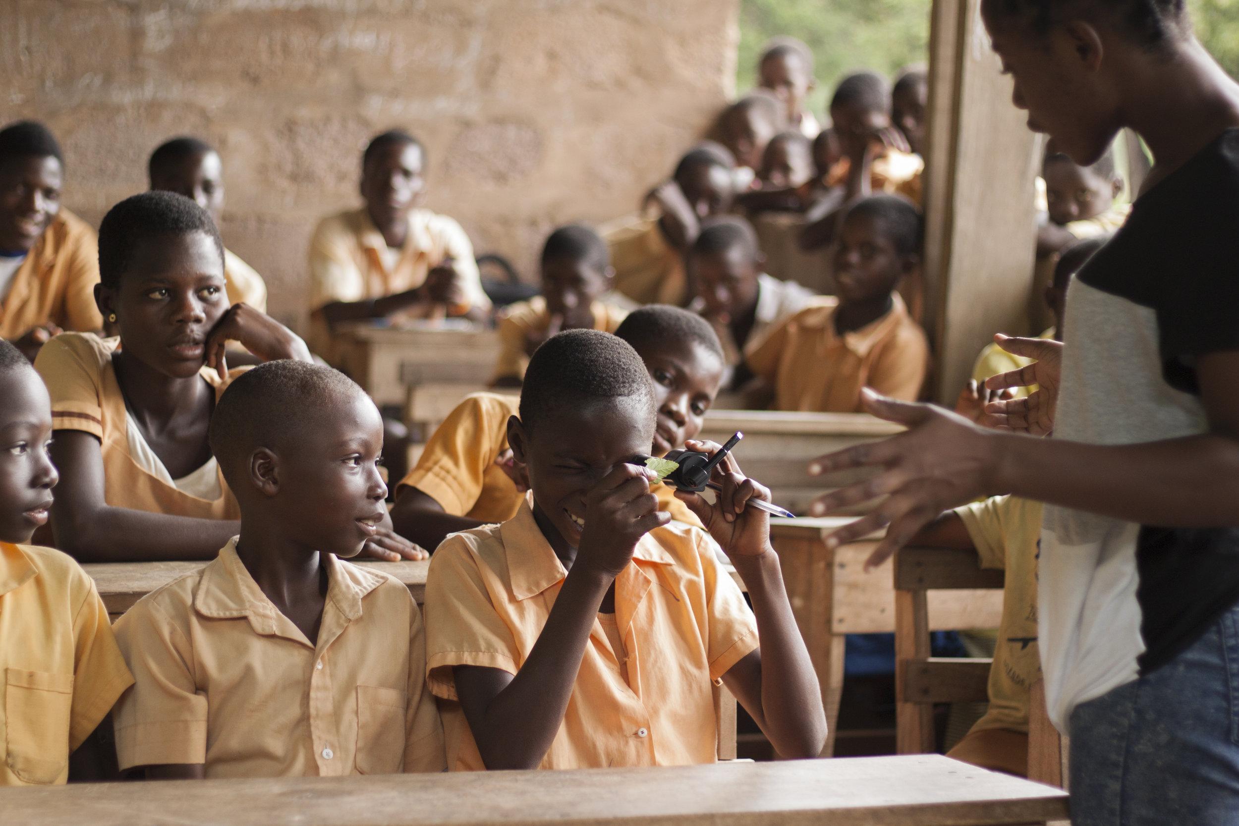Kpala Government classroom Science kits 5.jpg