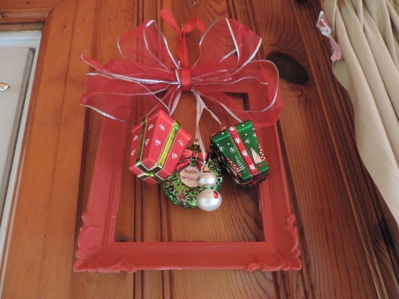 ornament frame 2.JPG