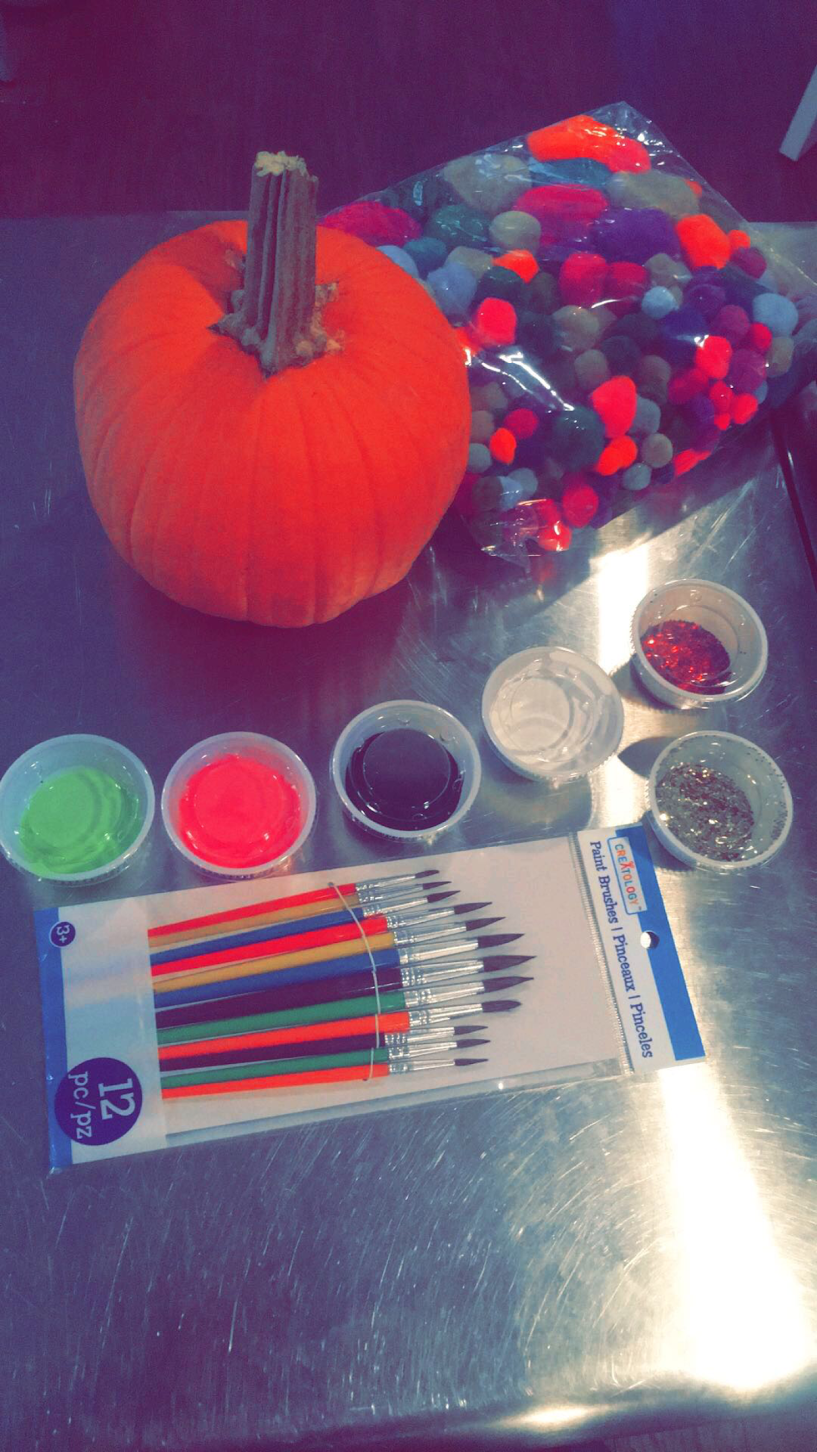 THIS IS OUR $10 PACKAGE WITH SMALL PUMPKIN KIT