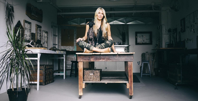 Sahlia in Studio