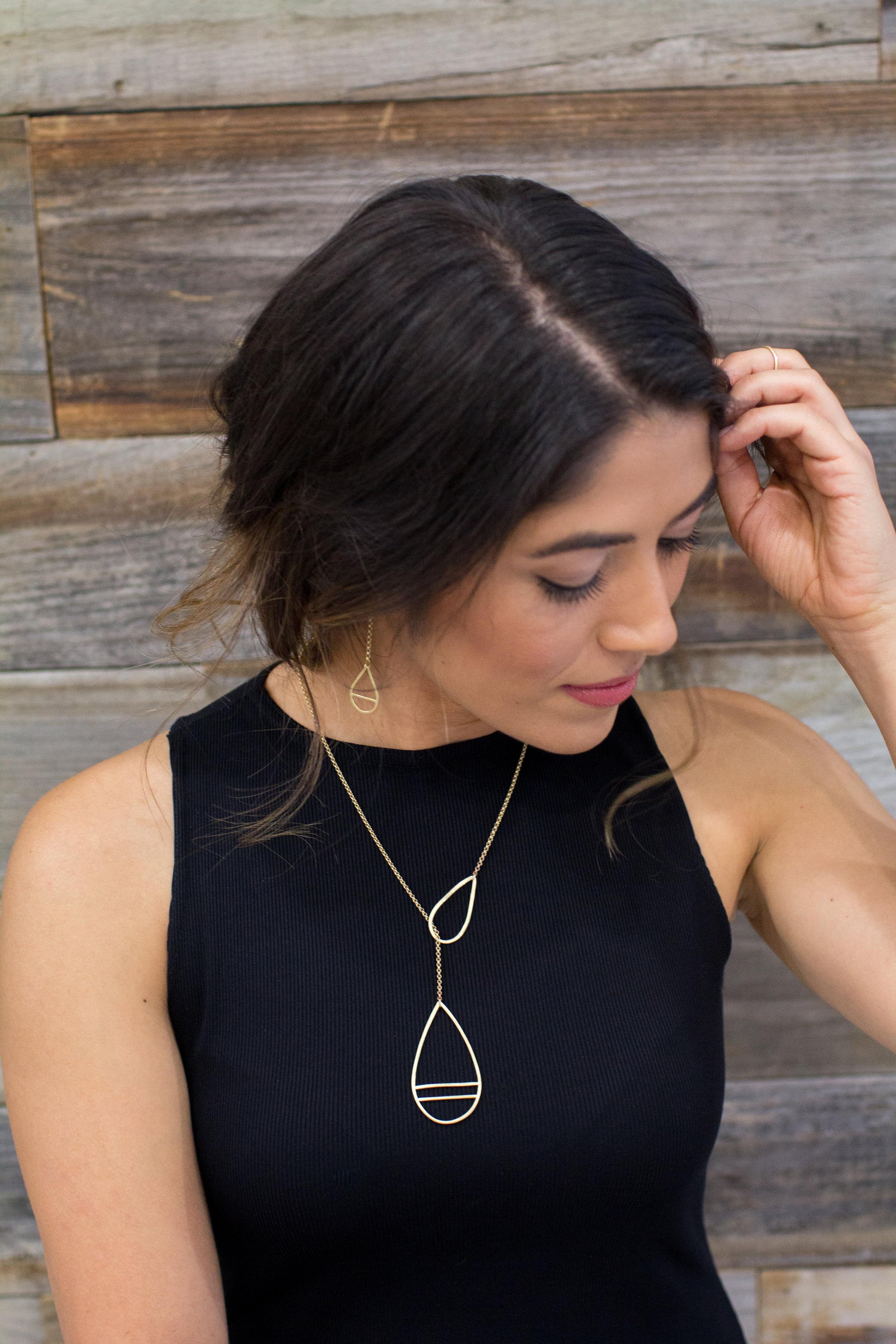 strata-lariat-necklace