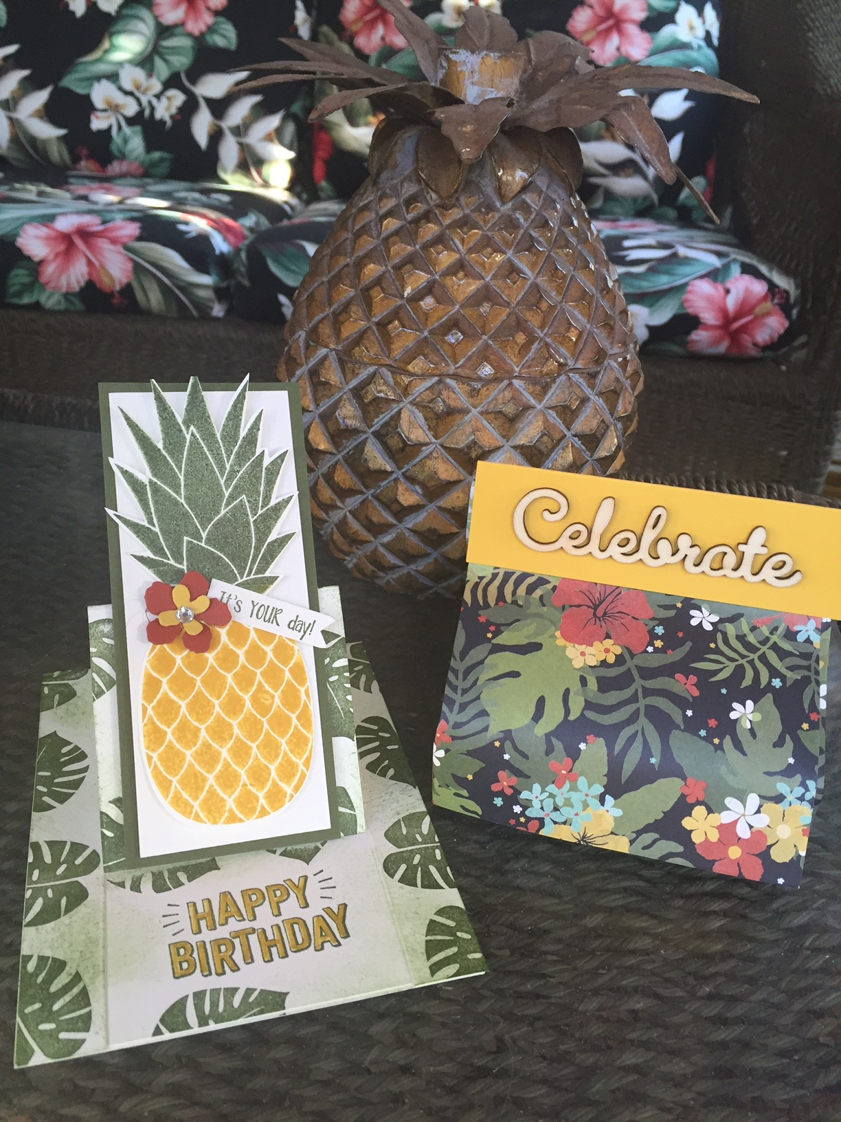 Stand Up Pineapple Card - www.stampedwithaloha.com