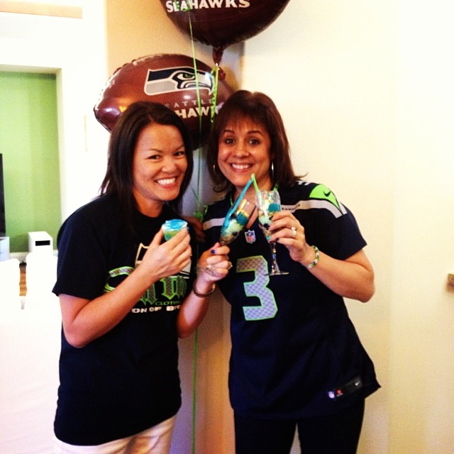 Hawaii SeaHawk Fans Karin and Cindy - www.stampedwithaloha.com