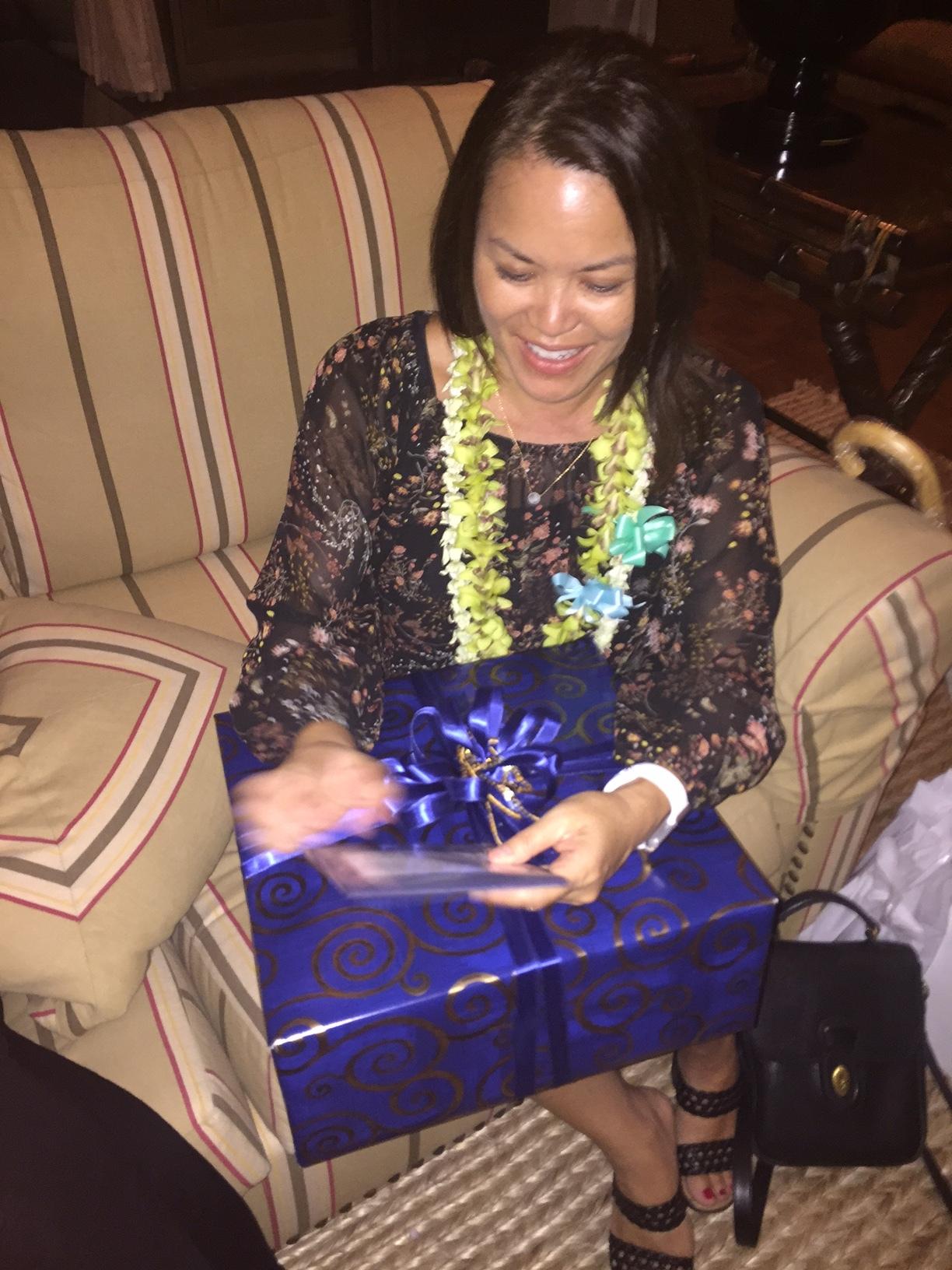 Karin's gift - www.stampedwithaloha.com