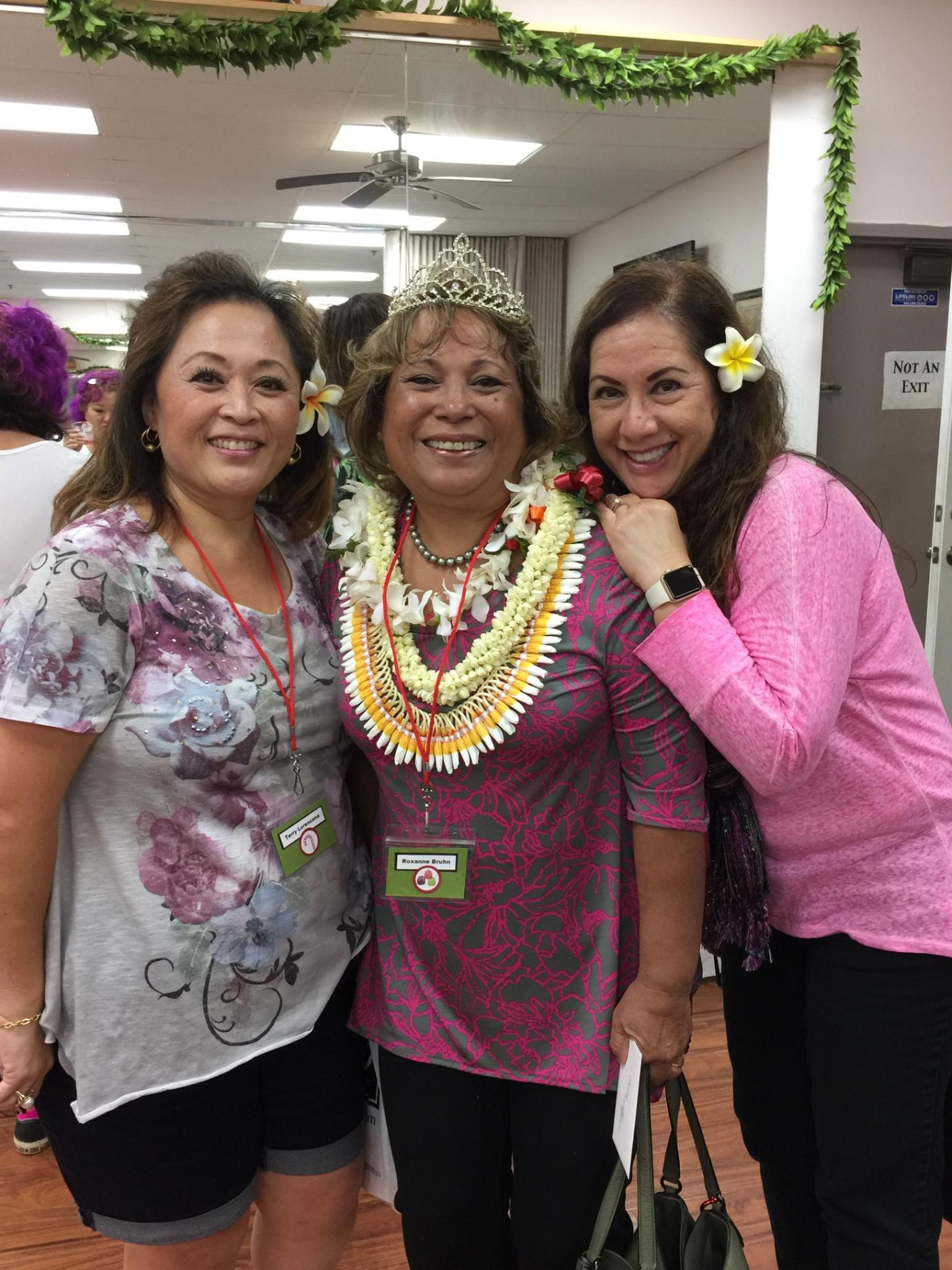 Celebrating Roxanne at Stamping In Paradise - www.stampedwithaloha.com