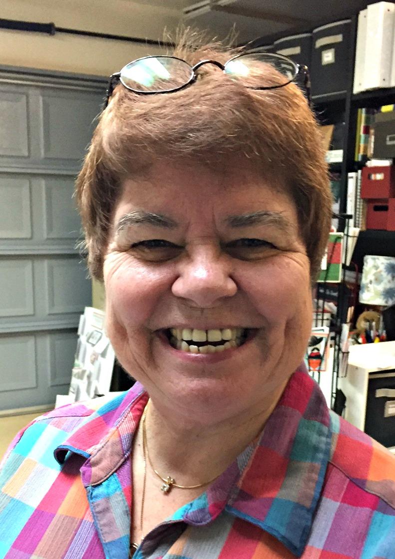 Bea sending a smile for Lynn - www.stampedwithaloha.com