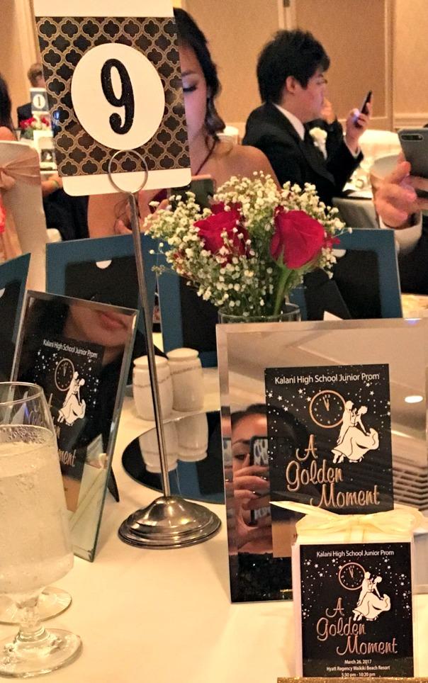 Junior Prom Table Decor - www.stampedwithaloha.com