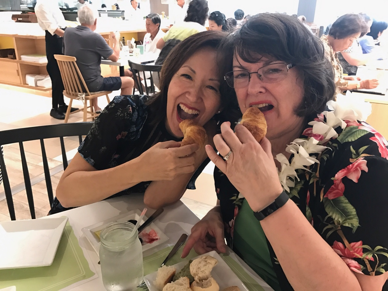 Pam and Mary at Cafe Lani - www.stampedwithaloha.com