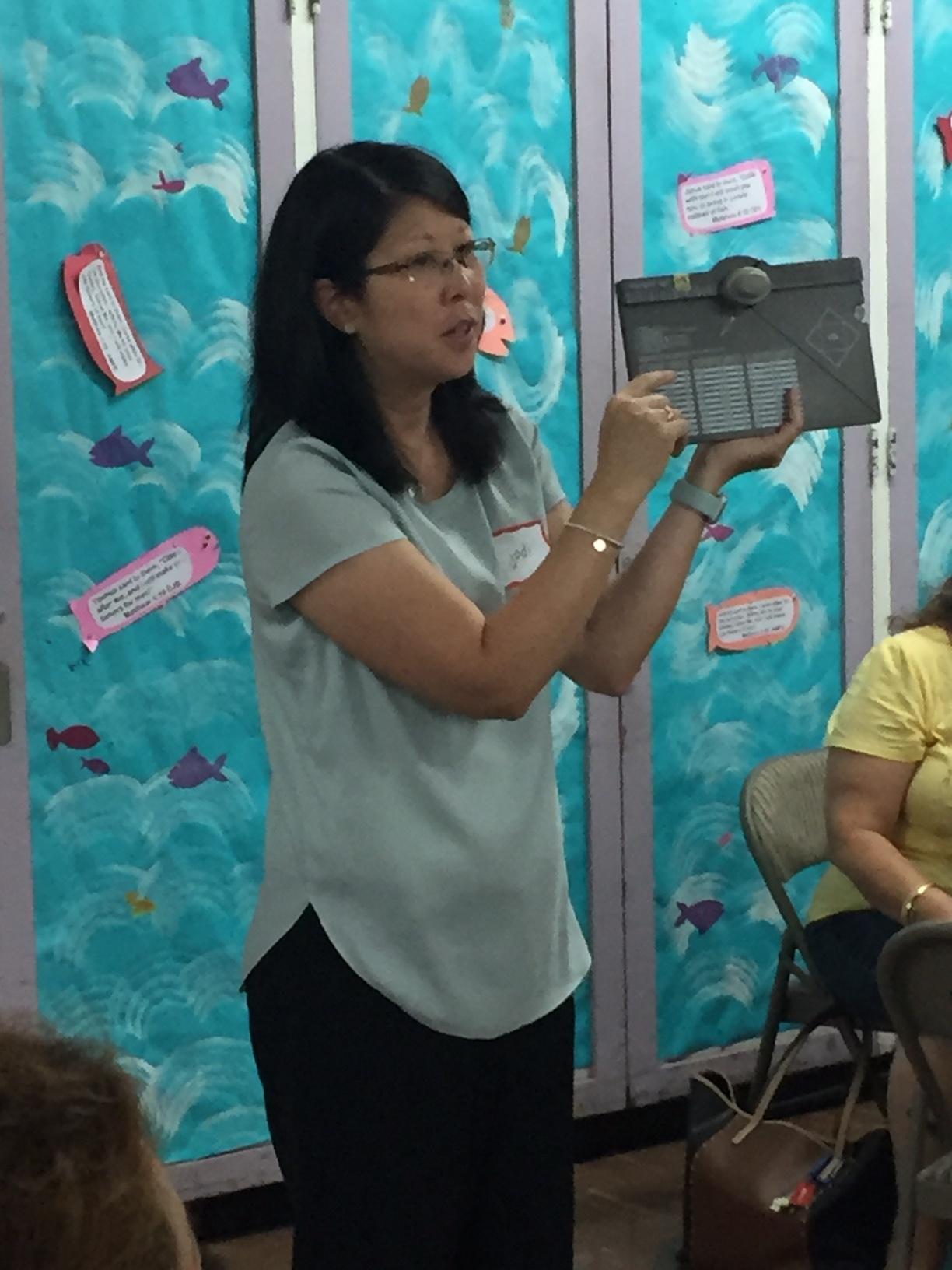 Jodi shares at Inspiration Night - www.stampedwithaloha.com