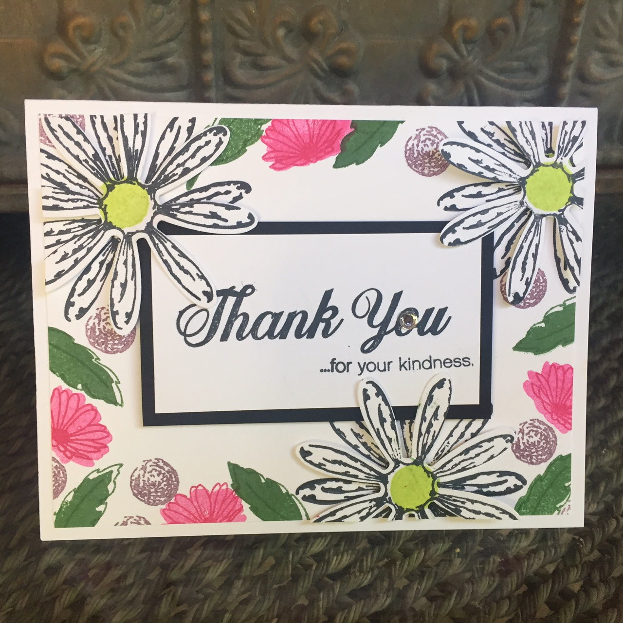 Daisy Delight Card - www.stampedwithaloha.com