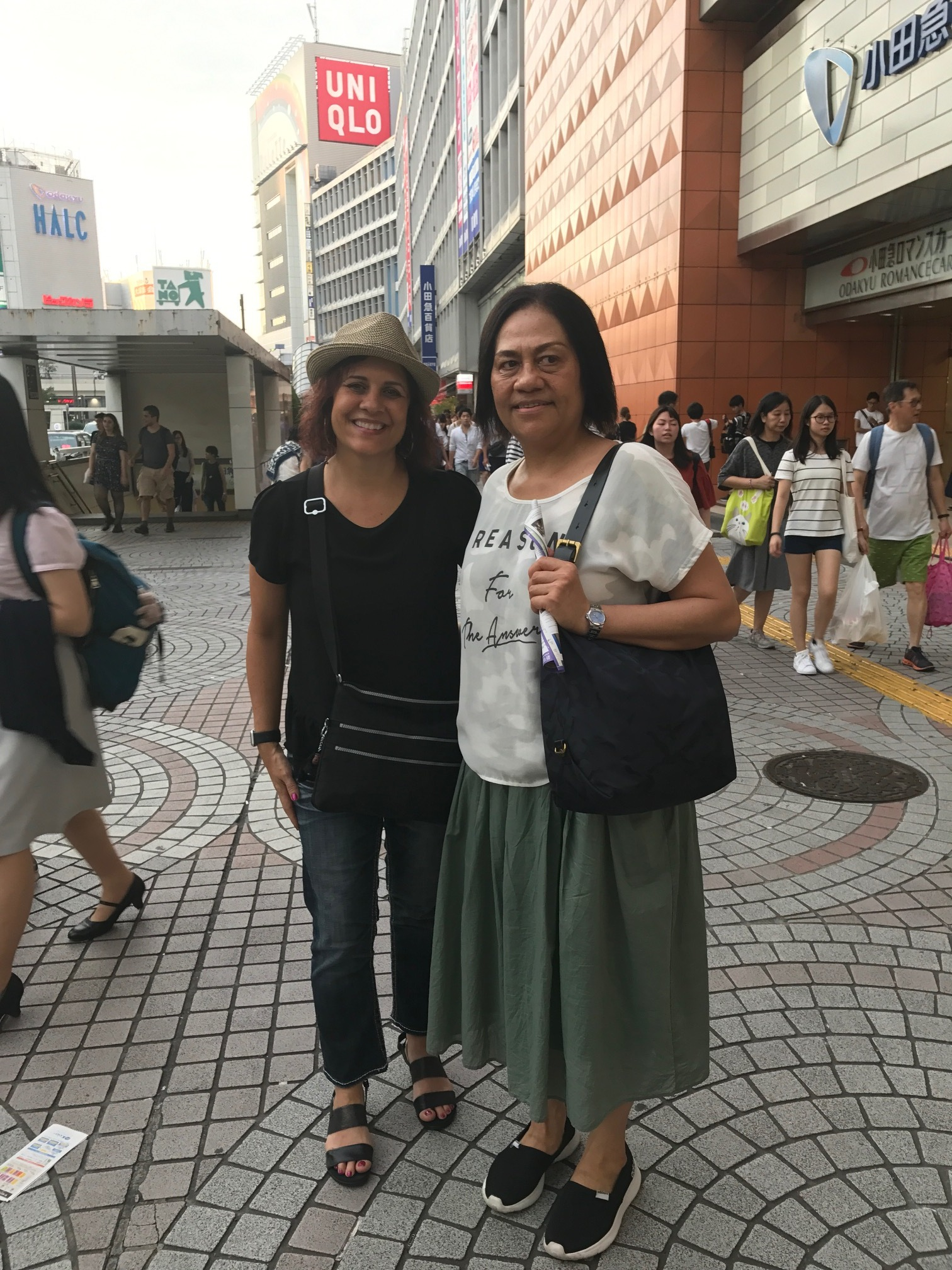 Ruka and Cindy in Tokyo