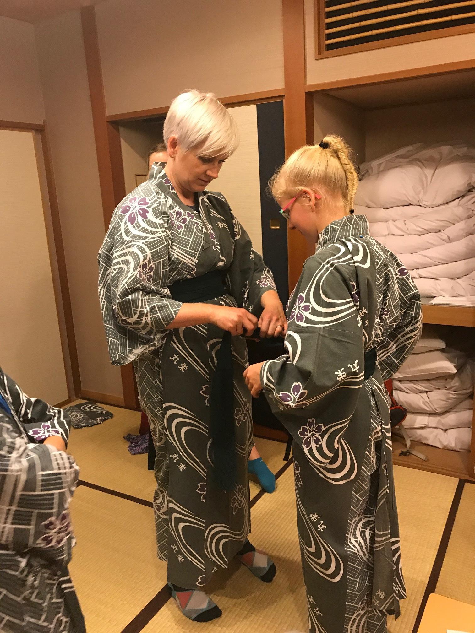Learning to wear a Yukata