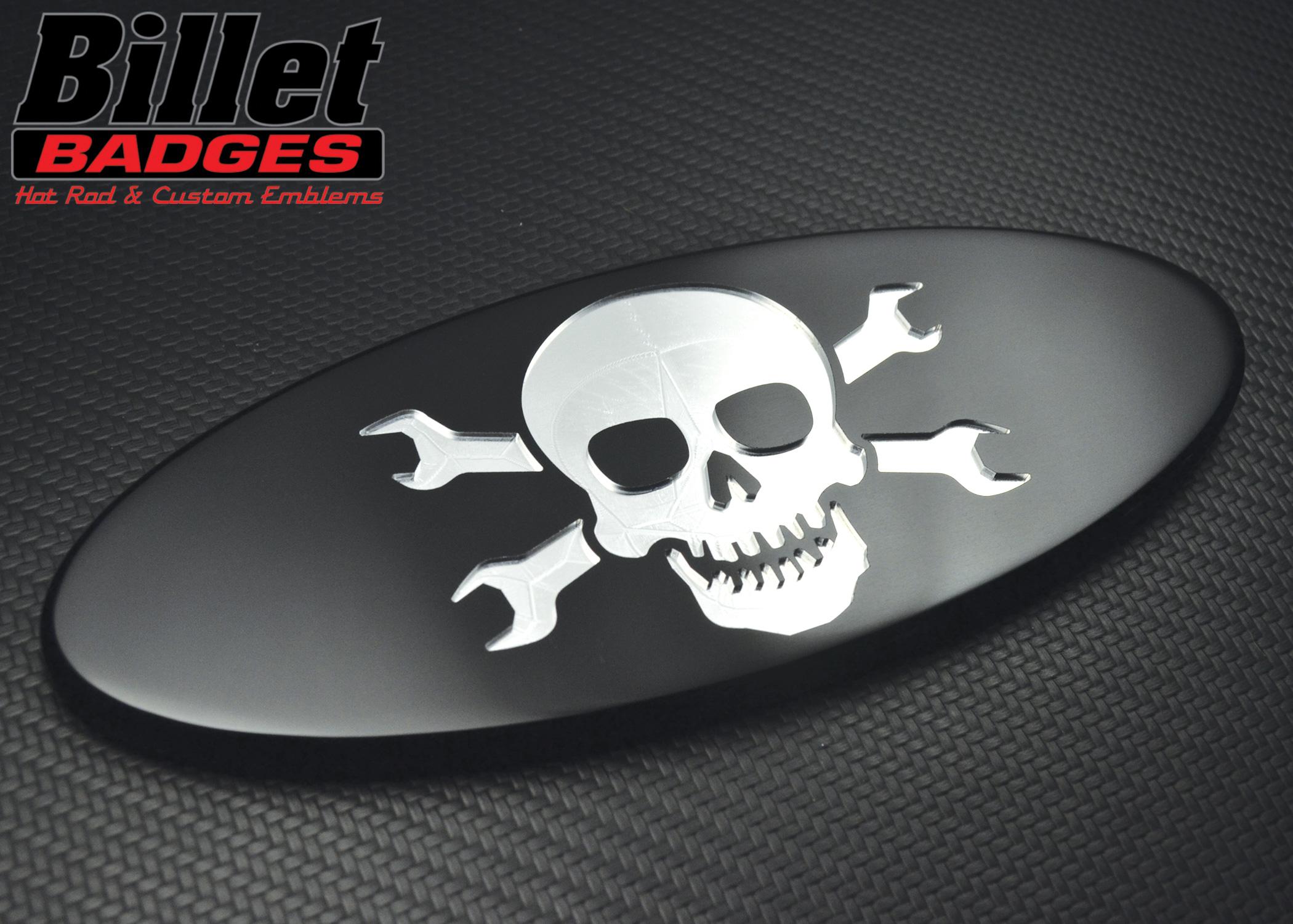 Jolly Roger Wrench Skull