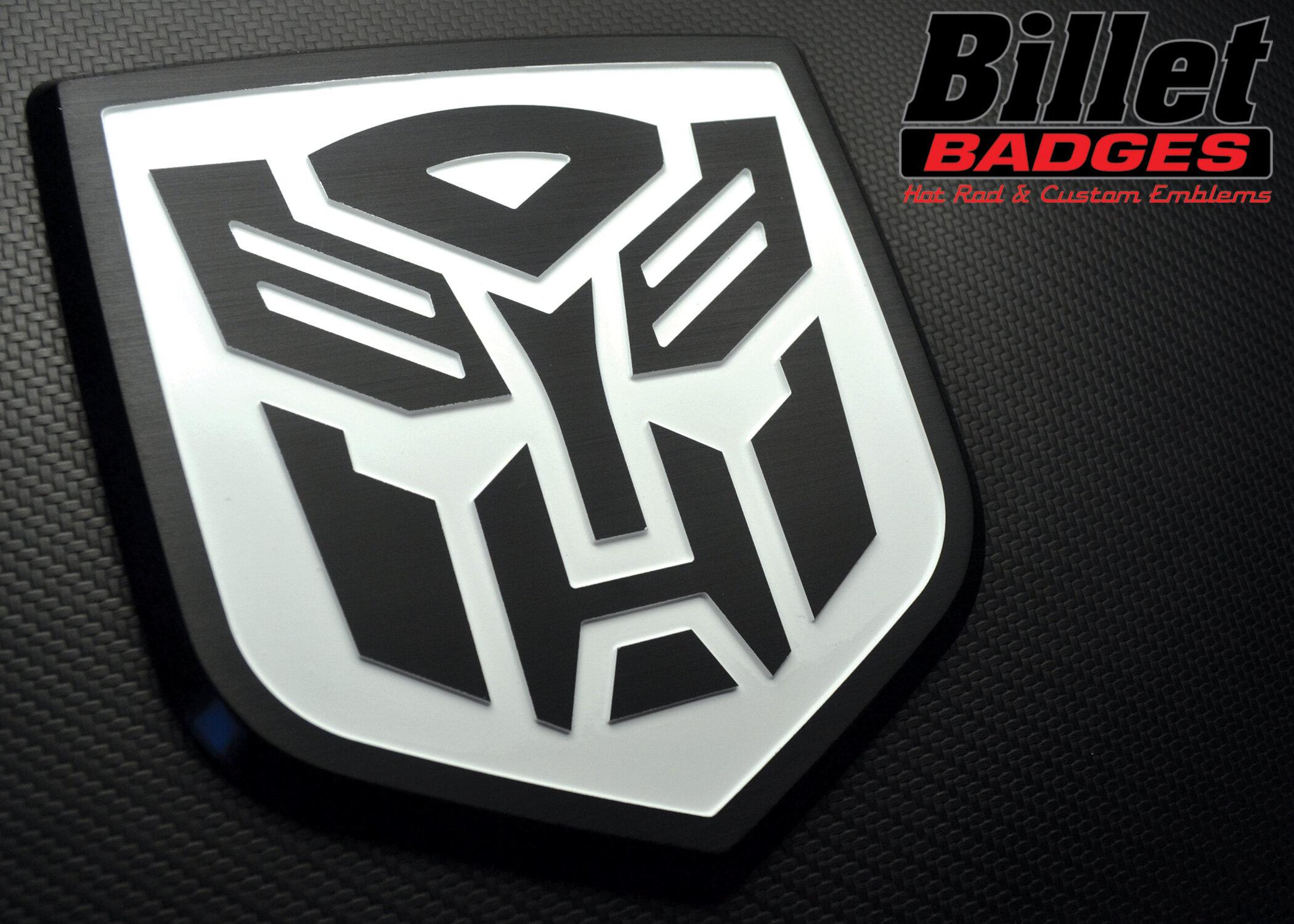 autobot_shield_blk_wht.jpg