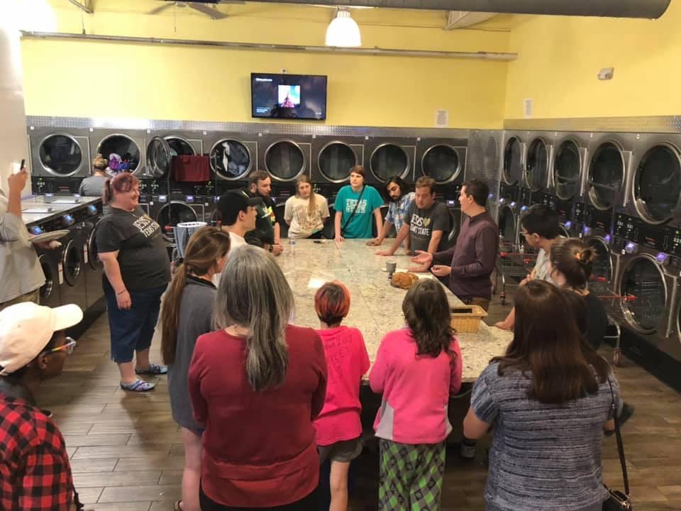 TxSt Laundromat Worship 01.JPG