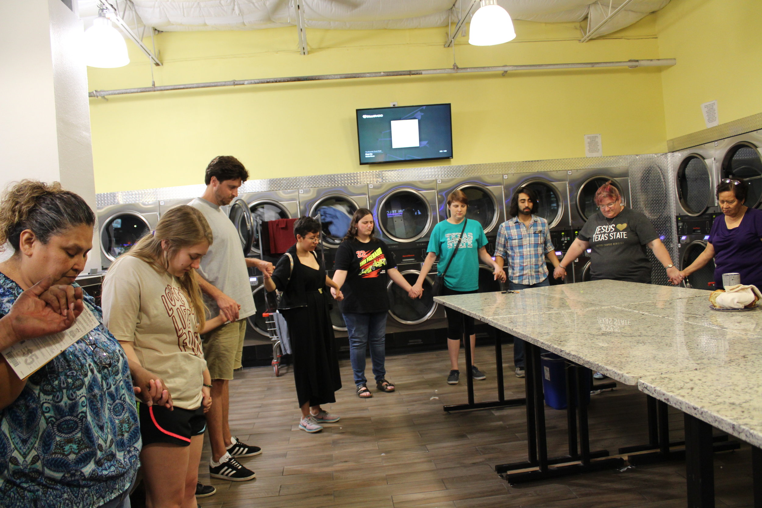 TxSt Laundromat Worship 03.JPG