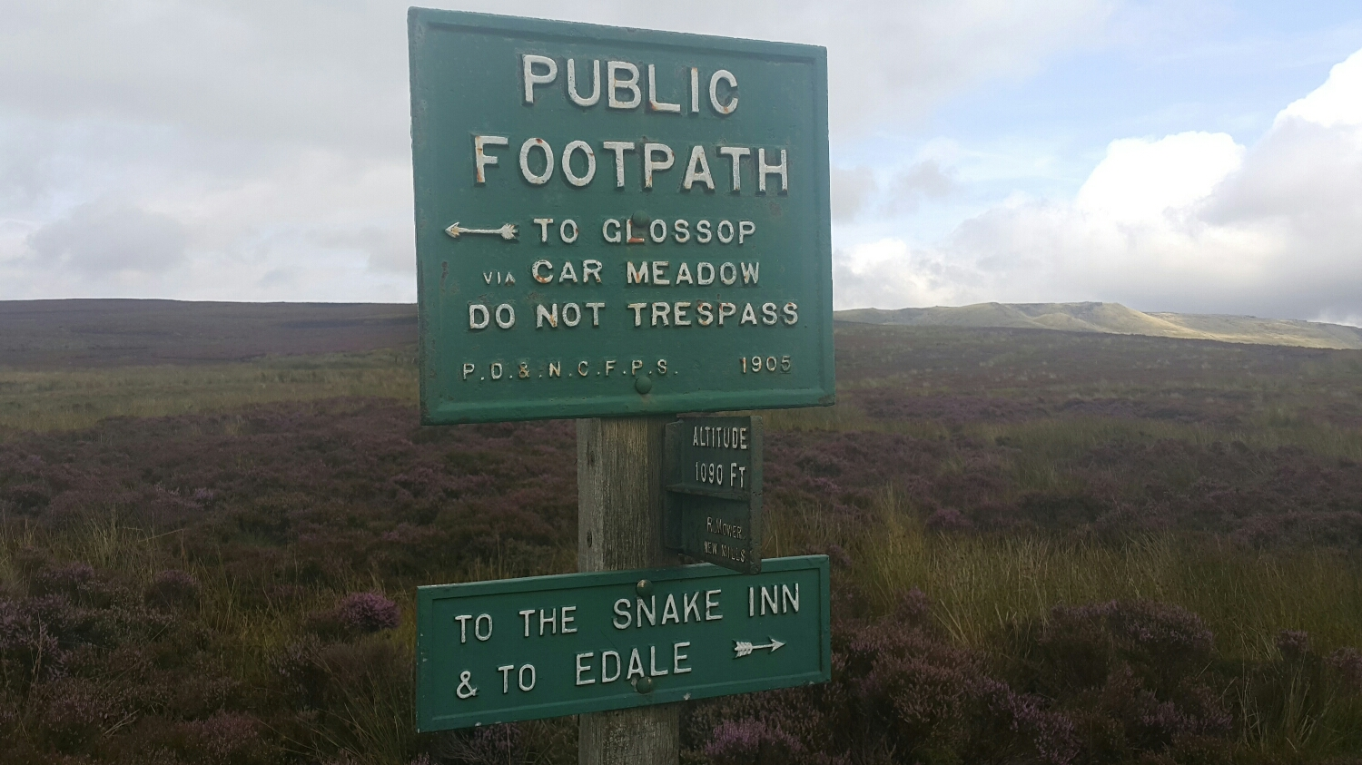 Getting used to seeing these signs about. If you are going exploring you still need to take a map, as it would be easy to get your self lost.