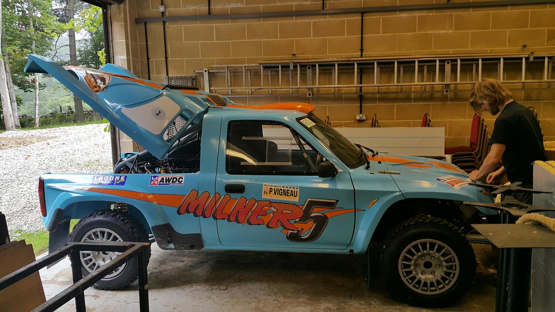 Milner R5. 1200kg 4.7l Luxus v8. Milner built rear gear box/transfer axle unit.