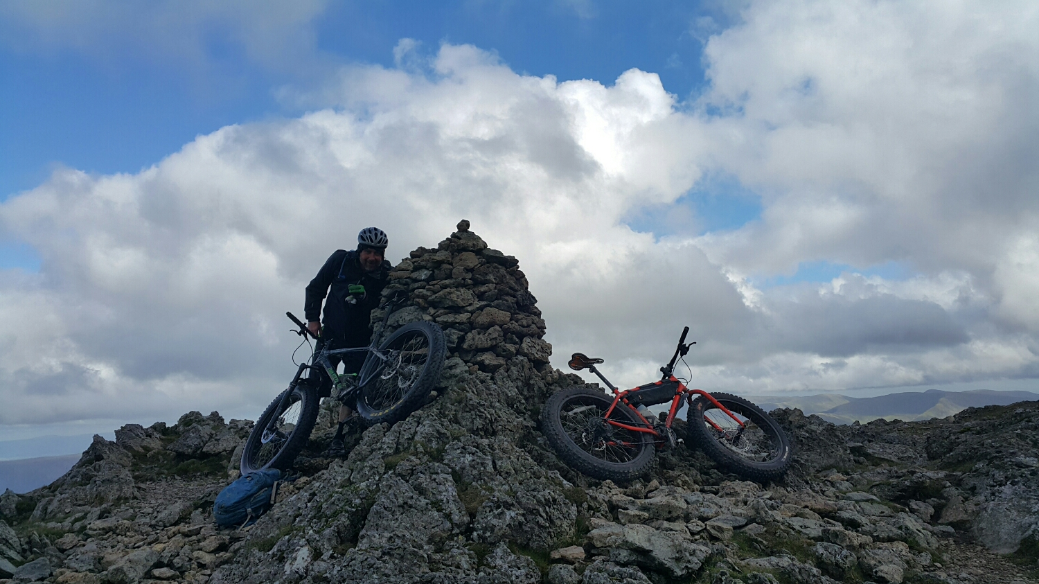 The Cain at the top of Raise Dodd. Taking shelter from the wind.
