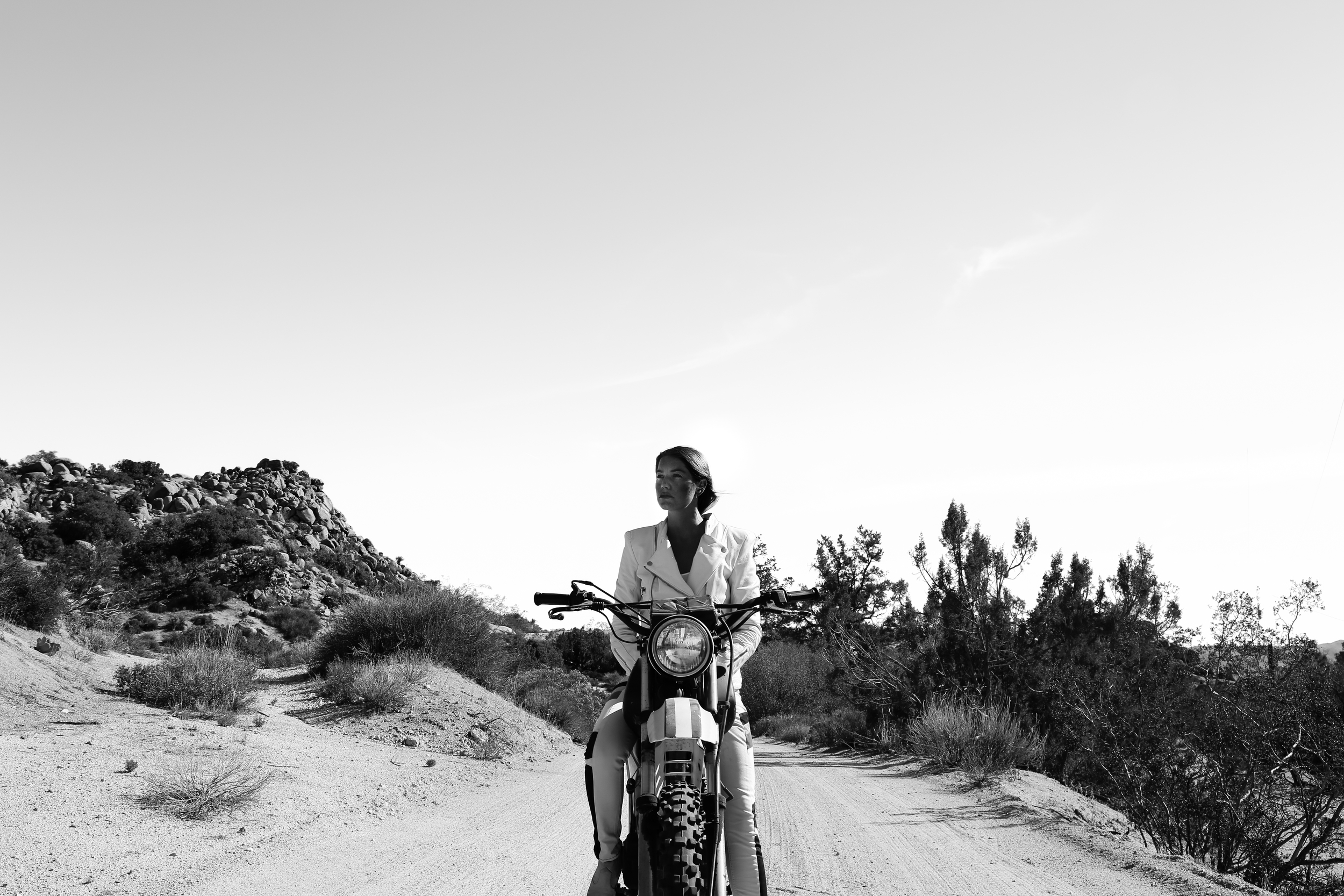 Couldn't be more stoked to announce that I am working with  BOOKER   this month to create awareness of their new line. The company is founded by an amazing NYC female motorcyclist named Jameelah based on bringing together style and function. Moto Babes go get one of their amazing jackets and ride safe. Also it's the weekend, so get out there and  #shred  !!! Follow  @bookernyc  for updates, releases and giveaways!!!!!  #bookernyc    #booker