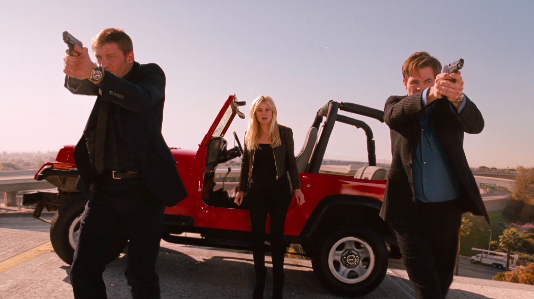 FXX - THIS MEANS WAR (TV20)