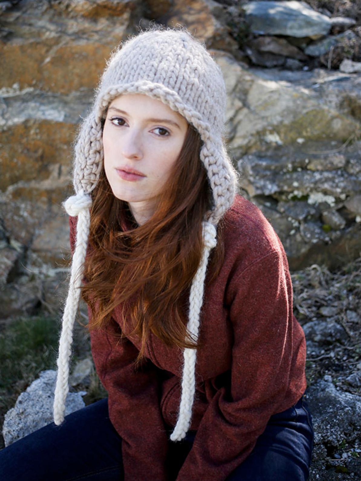 Zoya hat