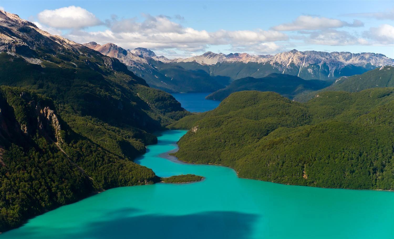 Lago Palena in Patagonia Sur