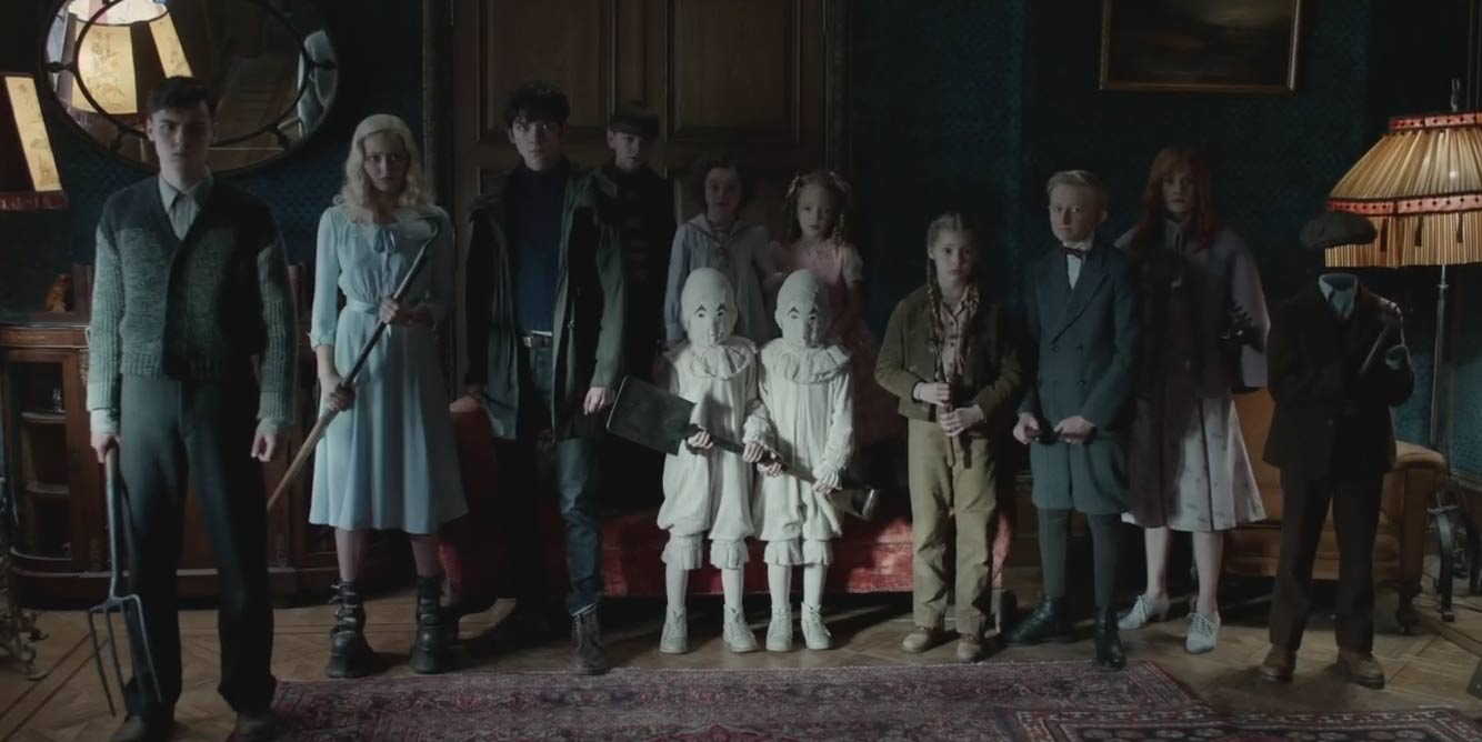 Screenshot from Miss Peregrine's Home for Peculiar Children (2016) trailer. Again, N-E-T-W-O-R-K-I-N-G guys!