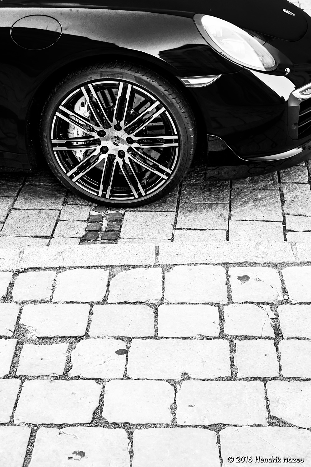 Modern wheel vs. old pavement - captured with XF 35 mm f2 WR on X-Pro2