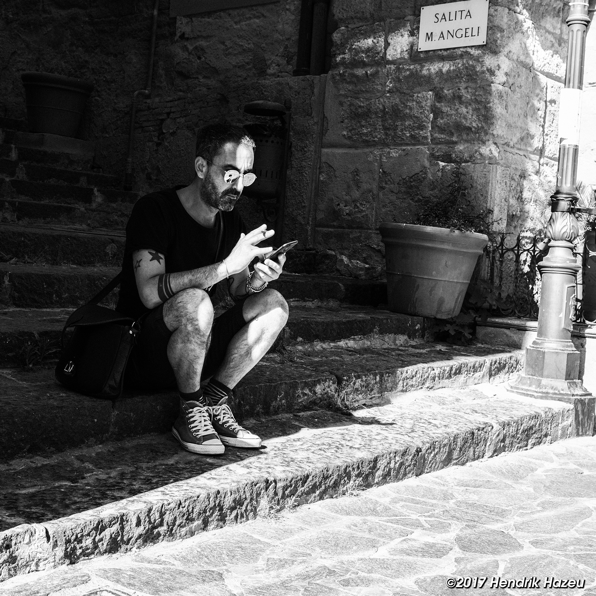 """The Messenger, seen in Sicily with Fuji X100F,23 mm / f2 @ f5.6, 1/320"""", ACROS-Y, 400 ISO"""