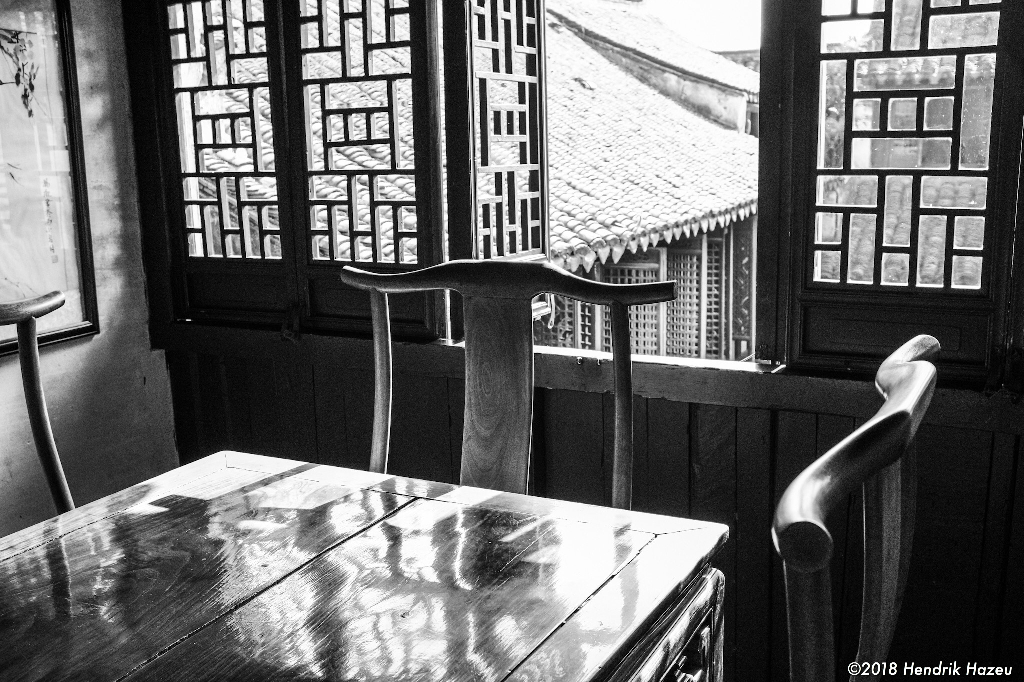 Table by the window, Fuji X100F, 23mm f/2 @f/5.6, 1/75sec ISO400 developed in LR CC mobile