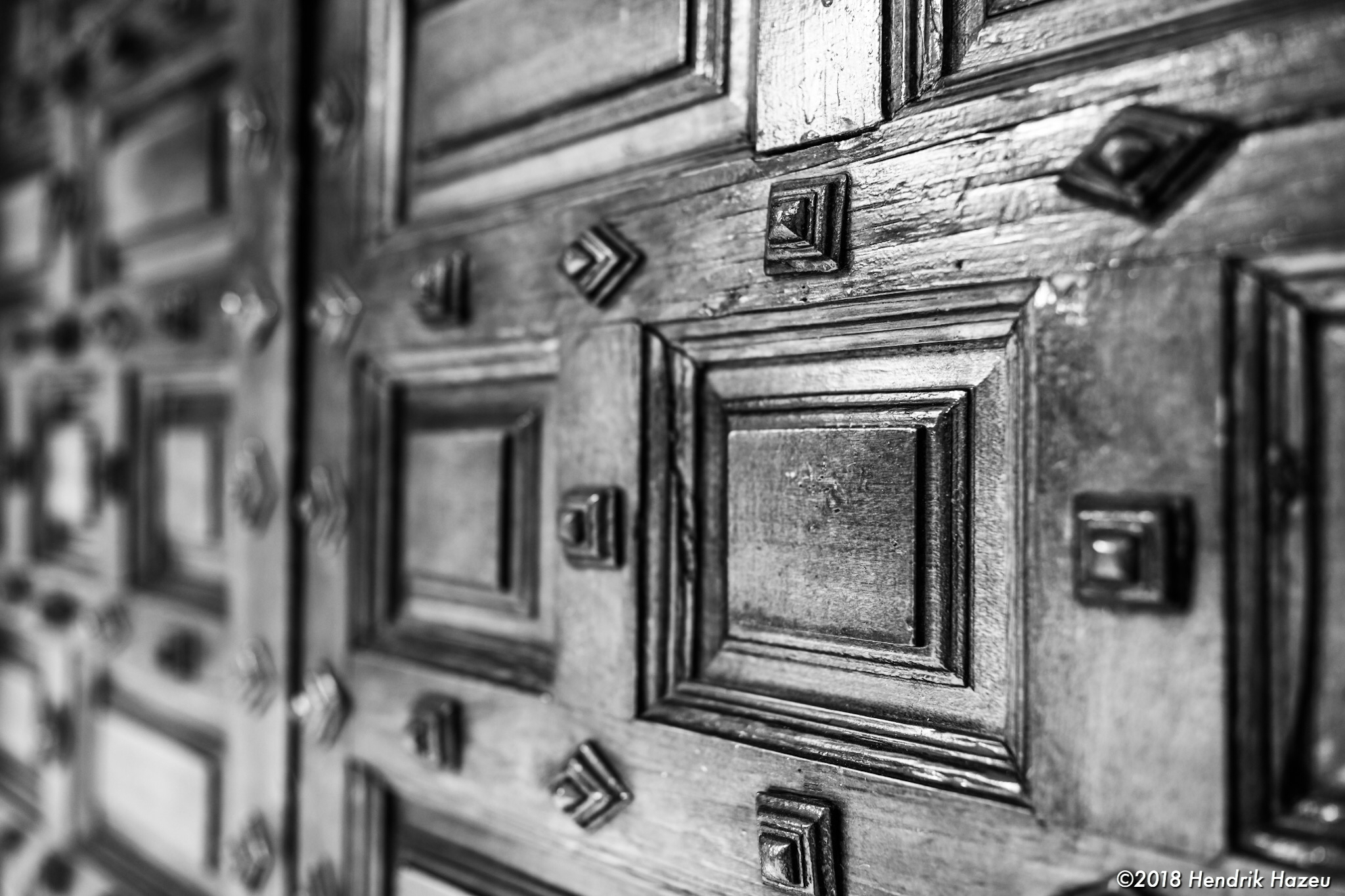 Antique Spanish wooden door, D850 with 28mm f /1.4 @f/2, 1/60sec, ISO 180