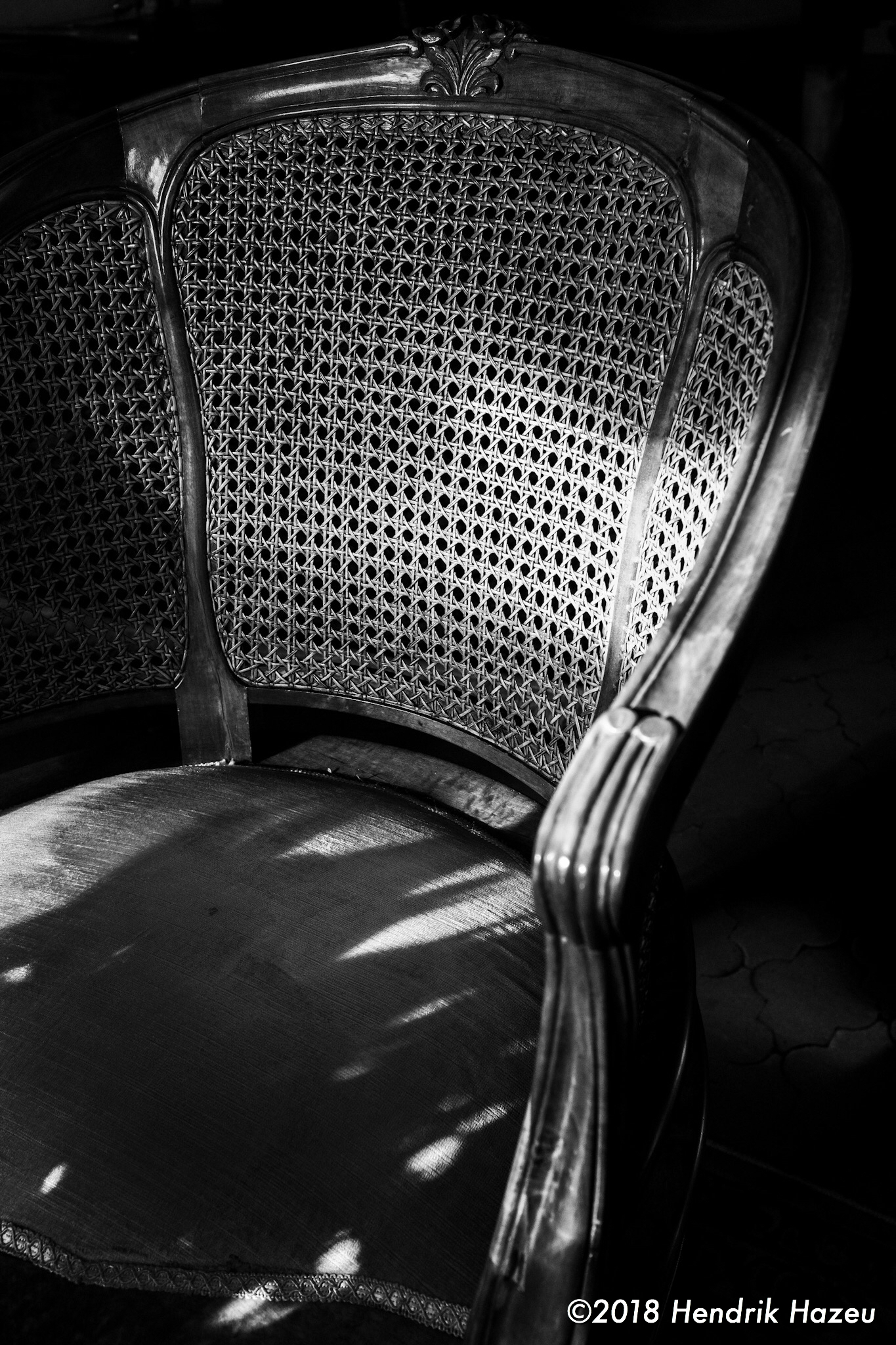 The chair, as seen with Fuji X100F, 23mm @f/5.6, 1/100sec, ISO400