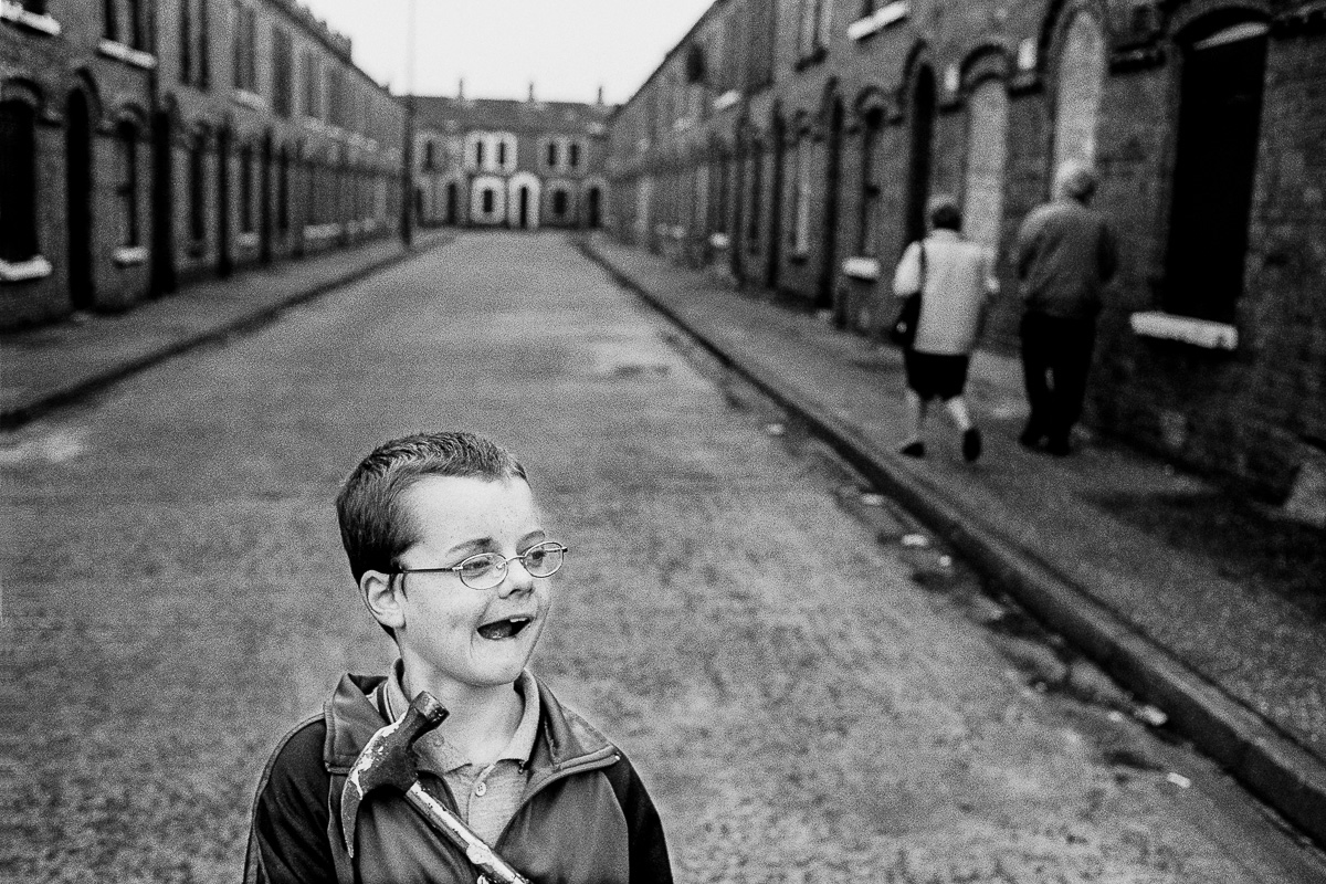 Kid with a hammer, Belfast