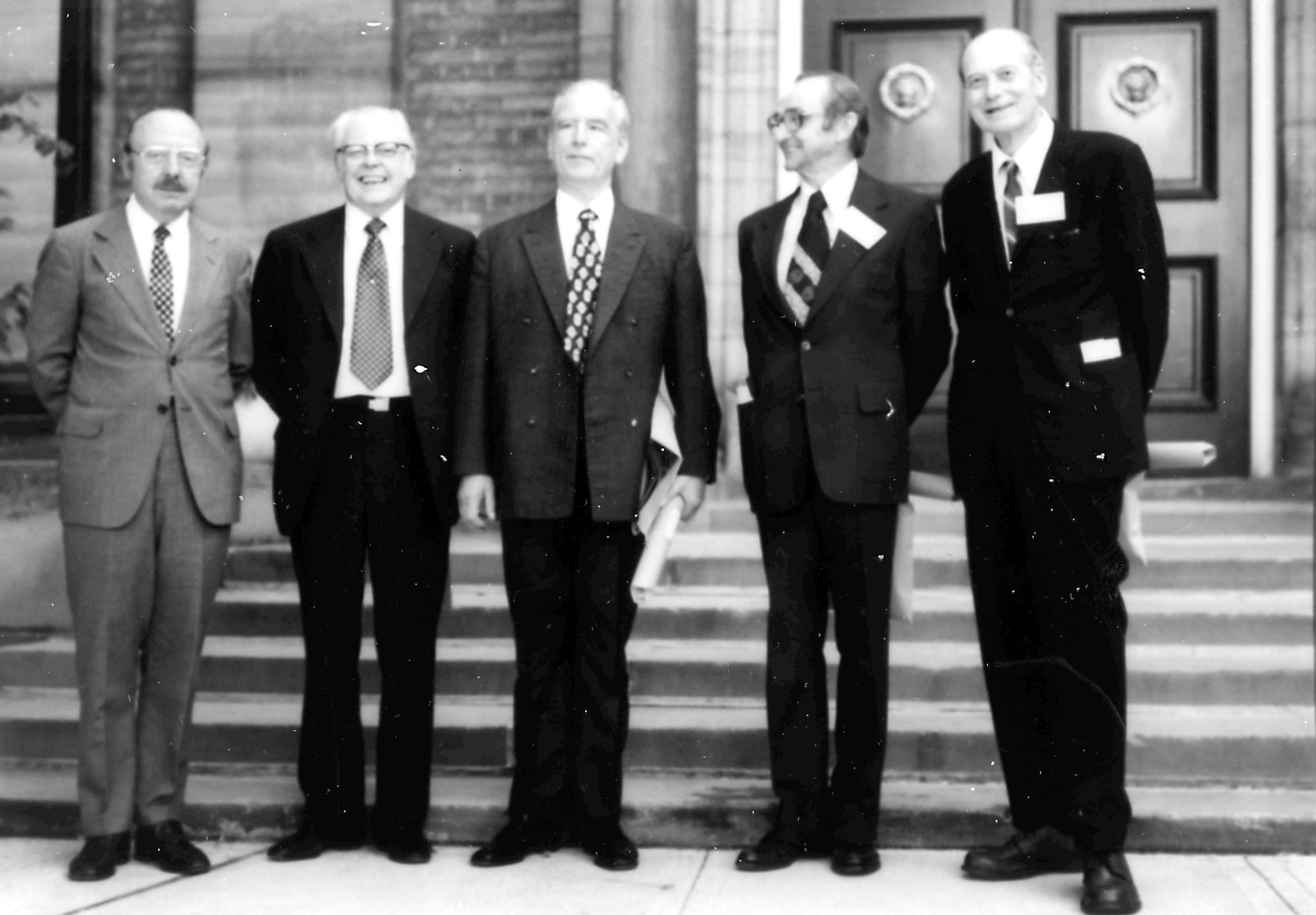 Figure 6: (From left to right) Keith Porter, Hillier, Ruska, Prebus, and Hall receives honorary degrees from the University of Toronto for their pioneering work in electron microscopy. (Photo credit: https://www.physics.utoronto.ca/physics-at-uoft/history/the-electron-microscope/Web%20Image_Fig19.jpg)
