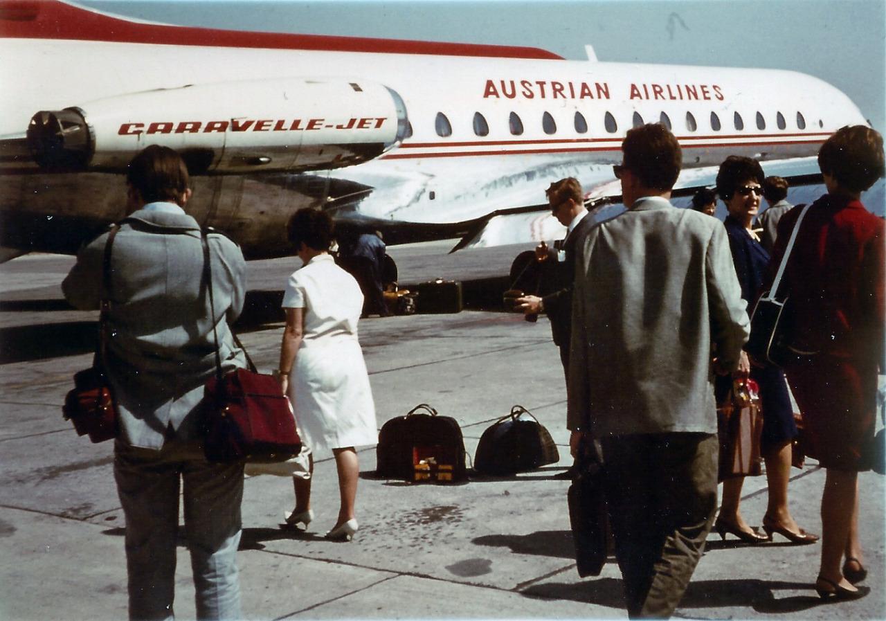 Vienna-Schwechat Airport in 1966.   Source: vintagevienna.at (© G. Werdan Private Archive)