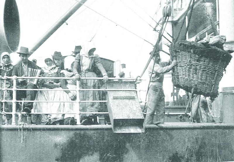 Emigrants aboard a shipof  Austro-Americana